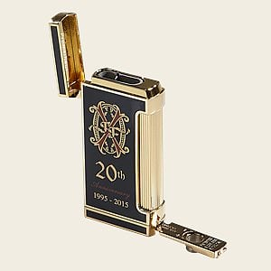 Fuente Opus X 20th Anniversary Ultimo X Lighter [BLK/GLD]